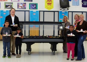salad bar shoot at school in santa maria for apio