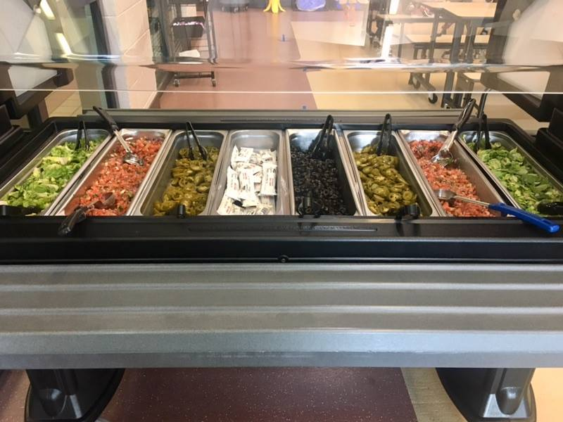 topping bar salad bar 1