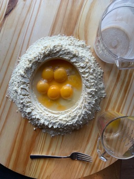 eggs and flour circle