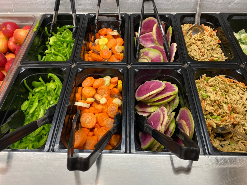 salad bar minneapolis public schools 4.JPG